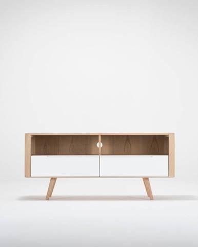 Televízny stolík z dubového dreva Gazzda Ena Three, 135×42×60 cm